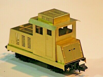 009 Kit No 8 Hunslet Bo-Bo Etched Brass Bodyshell for the Kato 11-105 Chassis.