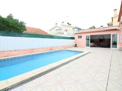 luxury home in Portugal for sale with swimming pool