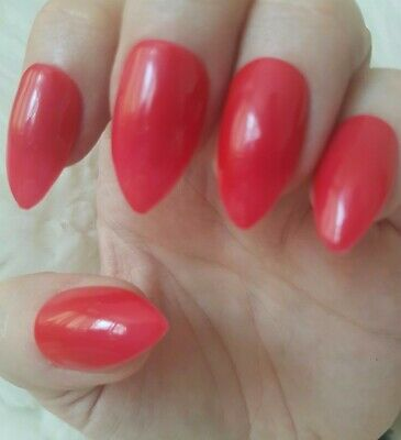 Hand Painted Red False Nails. 20 Short Stiletto Press-on Nails. Glossy.