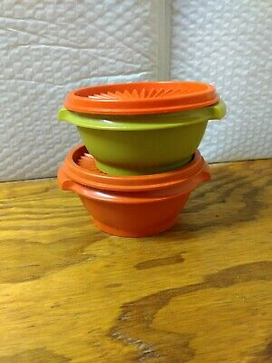 2 VTG Tupperware Small Round Storage Bowls #1323 Containers w/ Lids Servalier