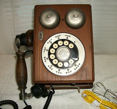 Vintage 80's Western Electric Country Junction Wall Telephone Wood  Working used