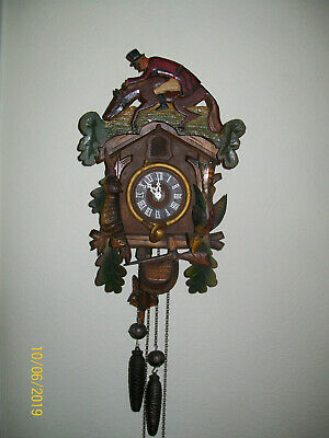 Antique Large Black Forest Style Hunting Decorative German Cuckoo Clock /Working