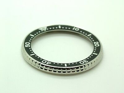 Seiko SKX007 Genuine New OEM Rotating Bezel Plus Insert (20% OFF)