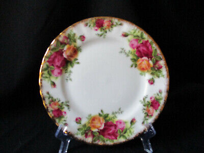 Royal Albert. Old Country Roses. Small Plate. Made In England. Original Piece.