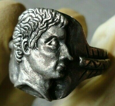 Ancient Roman Silver Legionary Ring With Augustus Insert Circa 27 Bc - Ad 14