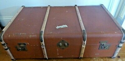 Vintage Wood Bound Canvas Steamer Wade & Son Trunk with key Coffee Table Storage