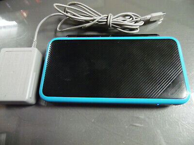 New Nintendo 2DS XL Handheld System - Black & Turquoise