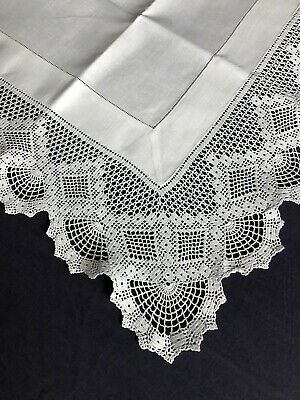 Gorgeous Edwardian Vintage White Irish Linen Tablecloth Hand Crocheted Edging