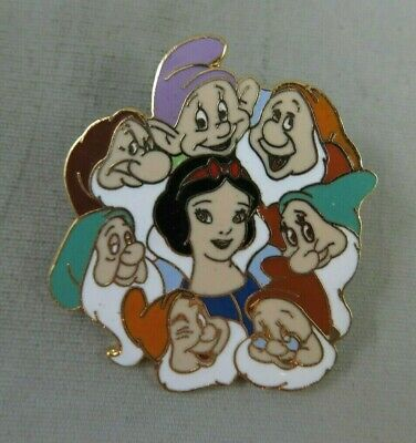 Walt Disney World / Disneyland Pin - Snow White and 7 Seven Dwarfs - Circle