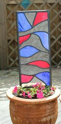 Stained glass garden panel Red and Blue