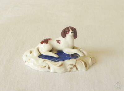 ANTIQUE EARLY 19TH CENTURY STAFFORDSHIRE PORCELAIN SPANIEL DOG c1820