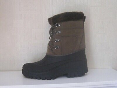 Brand New Snow Boots. Never Worn. Size 7. Very Sturdy Ans Warm. Winter