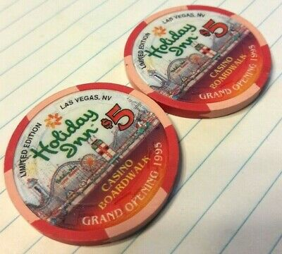 1995 Holiday Inn Casino Boardwalk $5 Chips Grand Opening Limited Edition Vintage