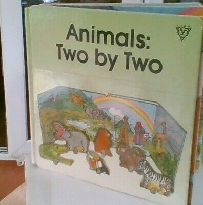 Animals: Two by Two (Concertina board books)