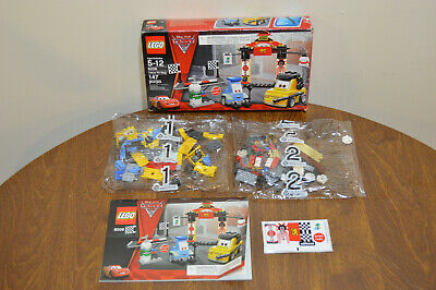 Lego Tokyo Pit Stop (8206) - Disney CARS 2 - New In Open Box