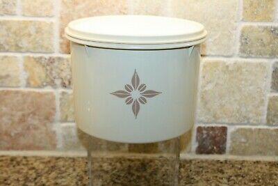 Tupperware Vintage Ivory almond sunburst canister / container 264 with lid 227 C