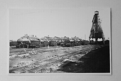 RWY574 - 1932 Locomotives at DONCASTER GNR Railway Sheds - Real Photo