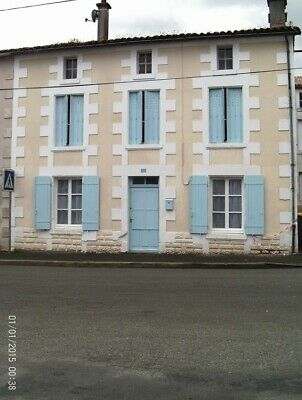 house in france, area 79130, for sale on a lock stock and barrel basis