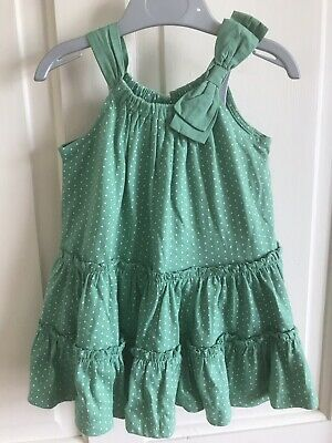 BNWOT Summer Dress & Pants Set. Outfit. Girls. Age 3 Months. Green - Spotty