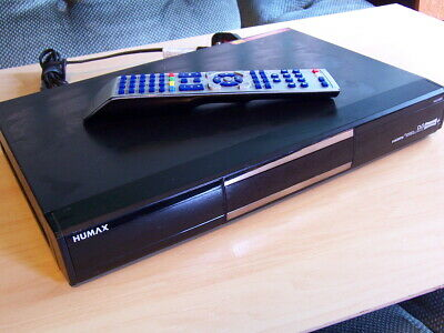 HUMAX PVR-9300T Freeview + recorder / receiver 320GB inc remote control HDMI