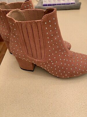 Cute Pair Of Studded Booties In Pink.  Size 5.5.  Free Ship!