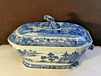 Antique 18th / 19th Century Chinese Blue And White Porcelain Tureen