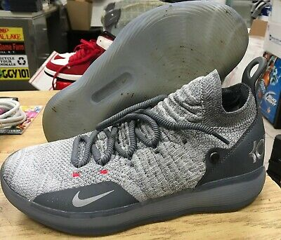Nike Zoom KD11 Mens Size 11 A02604 002 Cool Grey Kevin Durant Basketball Flyknit