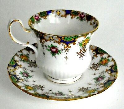 Queens Fine Bone China Tea Cup Saucer Floral Rosina Kenilworth England Gold Trim