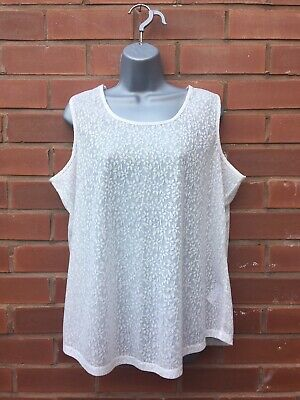 Ladies White Patterned Summer Top - (PLUS SIZE) Size 18 (UK).