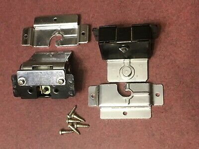 Sony 5520 Turntable Parts - Dust Cover Hinges (Pair)