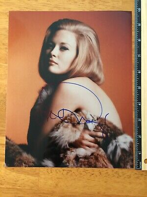 Coa Faye Dunaway Beautiful Hand Signed Autograph Coa - A Collectors Must Have