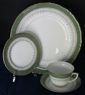 Royal Worcester Regency Z2730 Green & Gray 4 Piece Place Setting Good Condition