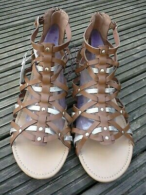 BNWT Ladies Brown/Gold Strappy Gladiator Sandals Shoes Zip Fastening UK 9..EU 43