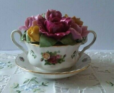 Royal Albert Old Country Roses Cup of Soup Rosebud Music Box Limited Edition