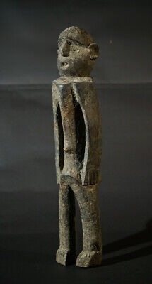 A Jombe related sculpture