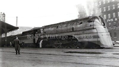 Milwaukee Road Hiawatha Photo 103 Hudson Train Steam Locomotive CMSP Art Deco
