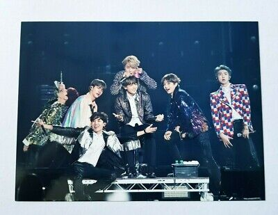 """BTS Official WORLD TOUR """"LOVE YOURSELF"""" EUROPE Blue-Ray Ver Limited Postcard"""