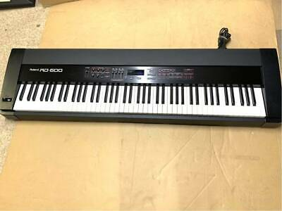 ROLAND RD-600 DIGITAL STAGE PIANO 88-key Keyboard Professional Used from Japan