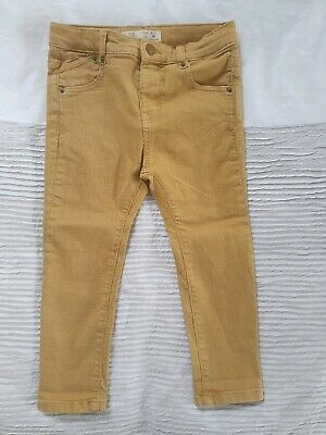 ZARA-Boys Stretch Jean Size 2/3