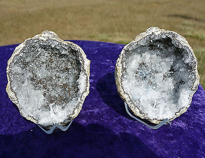 White Chalcedony Quartz in Geode Pair Points CRYSTAL Geodes Twin Trancas Mexico