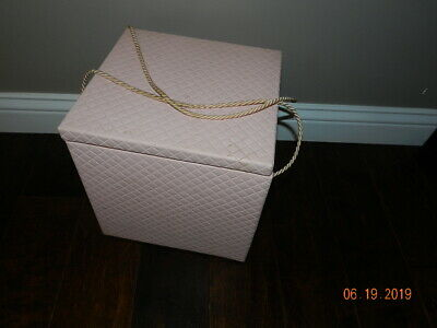 Vintage Henry A Enrich MODEL HOME sqare Sewing Box BOX Closet Storage PINK!