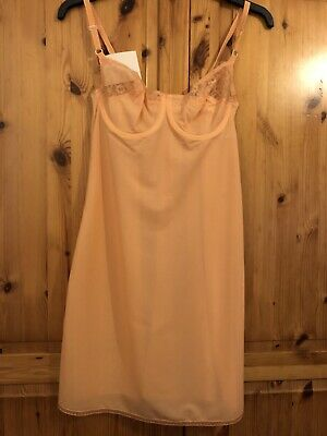 1960s Vintage Peach Slip By Avro 34b. Underwired. Shorter Length. Dead stock