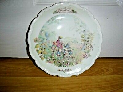 ROYAL ALBERT Wind In The Willows Plate ~ Autumn In The Wild Wood ~ Excellent