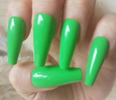 Green Tapered XLong Coffin Nails, Glossy. 20 Hand Painted Nails. Press On.