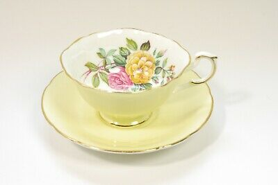 Vtg 1960s Paragon Bone China Teacup Tea Cup Saucer Pale Yellow w/ Flowers Inside