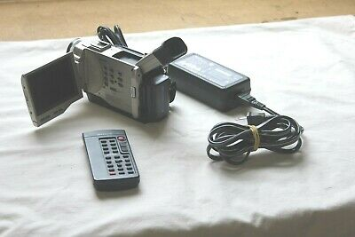 Sony Handycam DCR-TRV10 Camcorder Player Video Camera Carl Zeiss Nice Condition