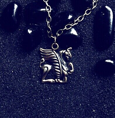 Griffin Sentinel Gryphon Necklace Mythical : Bronze Pendant with chain