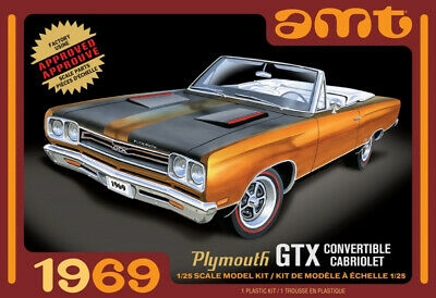 1969 Plymouth GTX Convertible Cabriolet 1:25 Scale AMT Highly Detailed Plastic K