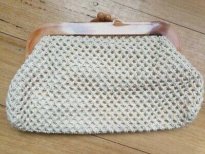 Vintage 70's Knit clutch frame bag - in great condition