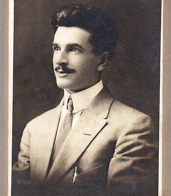 Gentleman from Cleveland, Ohio - Early 1900s Cabinet Photo